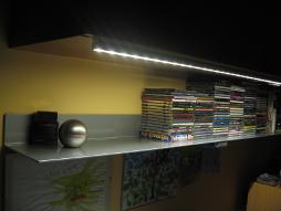 LED осветление в кухня